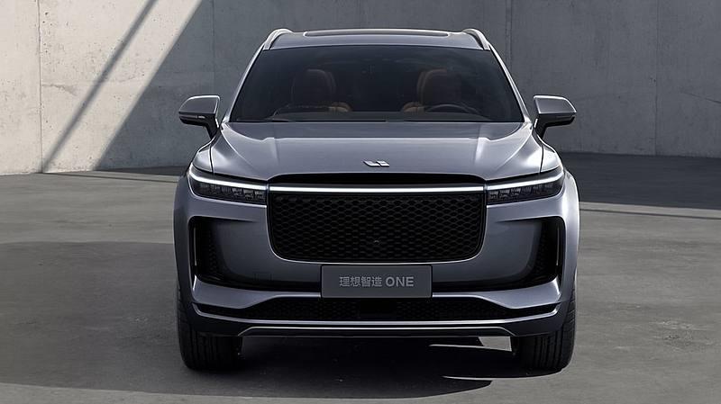Auto elettriche: Li Auto si quota anche a Hong Kong per $1,93 mld