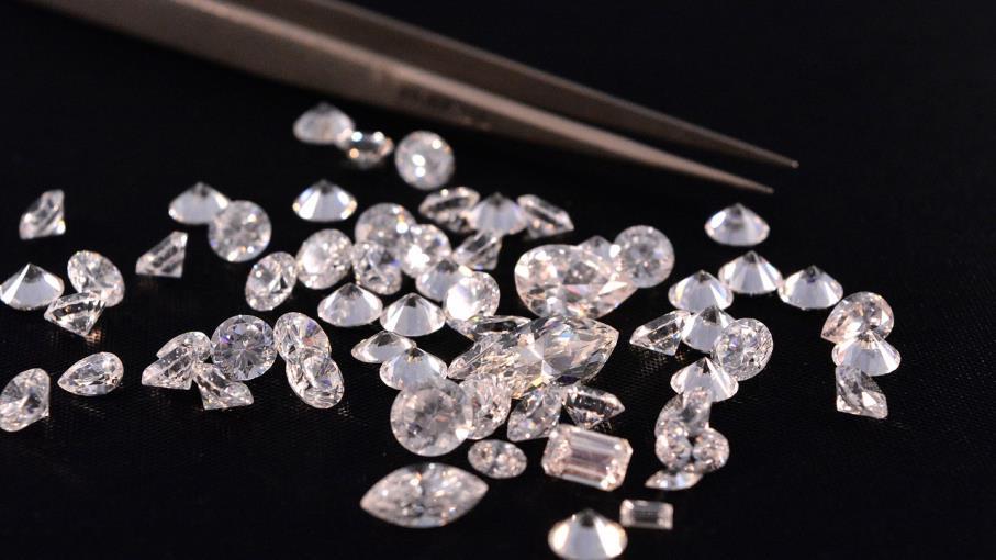 Investimenti: sale il prezzo dei diamanti, ecco tutti i motivi