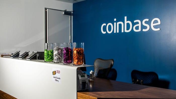 Coinbase: Cathie Wood compra 750mila azioni, per cripto nuova era