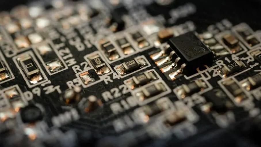 Semiconduttori: 8 azioni su cui puntare con scarsità di chip