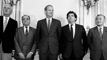 Accordo del Plaza: come si pose fine al superdollaro USA anni '80
