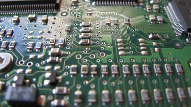 I due megatrend che faranno brillare STMicroelectronics in Borsa