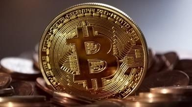 Bitcoin: sfondata quota 50.000 dollari, dove può arrivare adesso?