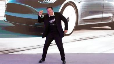 Tesla: clima resta euforico, come investire riducendo i rischi?