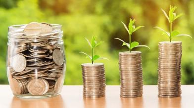Risparmio gestito: conviene investire tramite PAC?