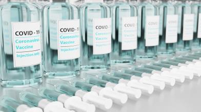 Borsa: brevetti Covid a rischio, le prospettive per azioni pharma