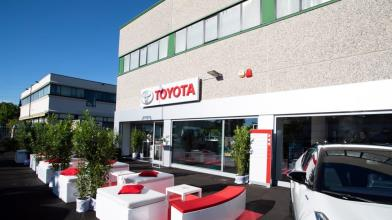 Toyota: maxi-investimento da 13,7mld per batterie auto elettriche