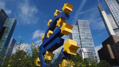BCE: gli economisti contro Lagarde, l'Euro forte è un problema