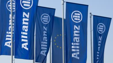 Allianz: utile 4° trimestre 2020 in calo, dividendo a 9,6 euro