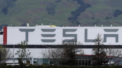 Tesla: ecco perchè predominio su auto elettriche è al termine