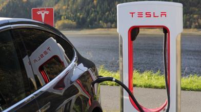 Tesla: quanto costa ricaricare l'auto?