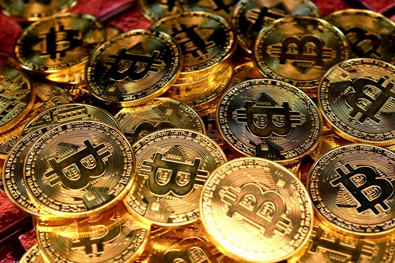 siti per guadagnare con sondaggi commercio bitcoin futures